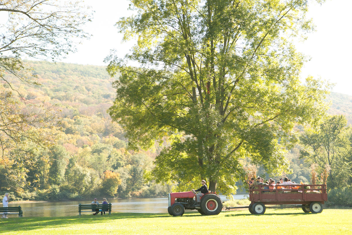 Enjoy a Pocono Mountains Hayride