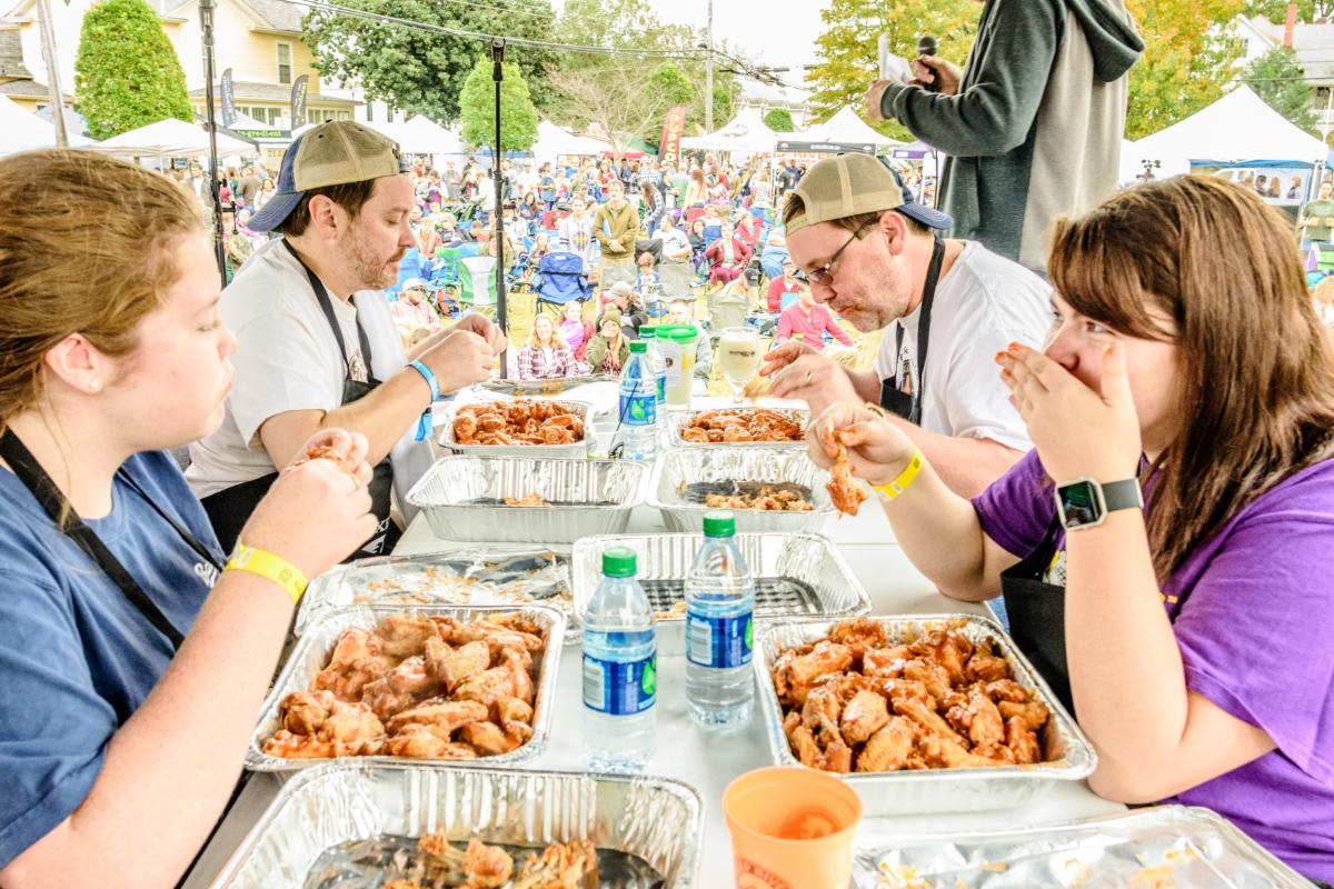 Shindig Wing Eating Contest