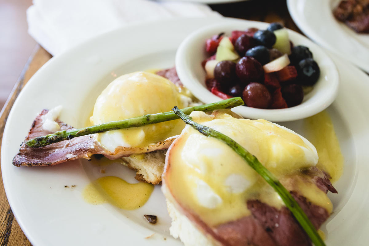 Eggs Benedict Brunch