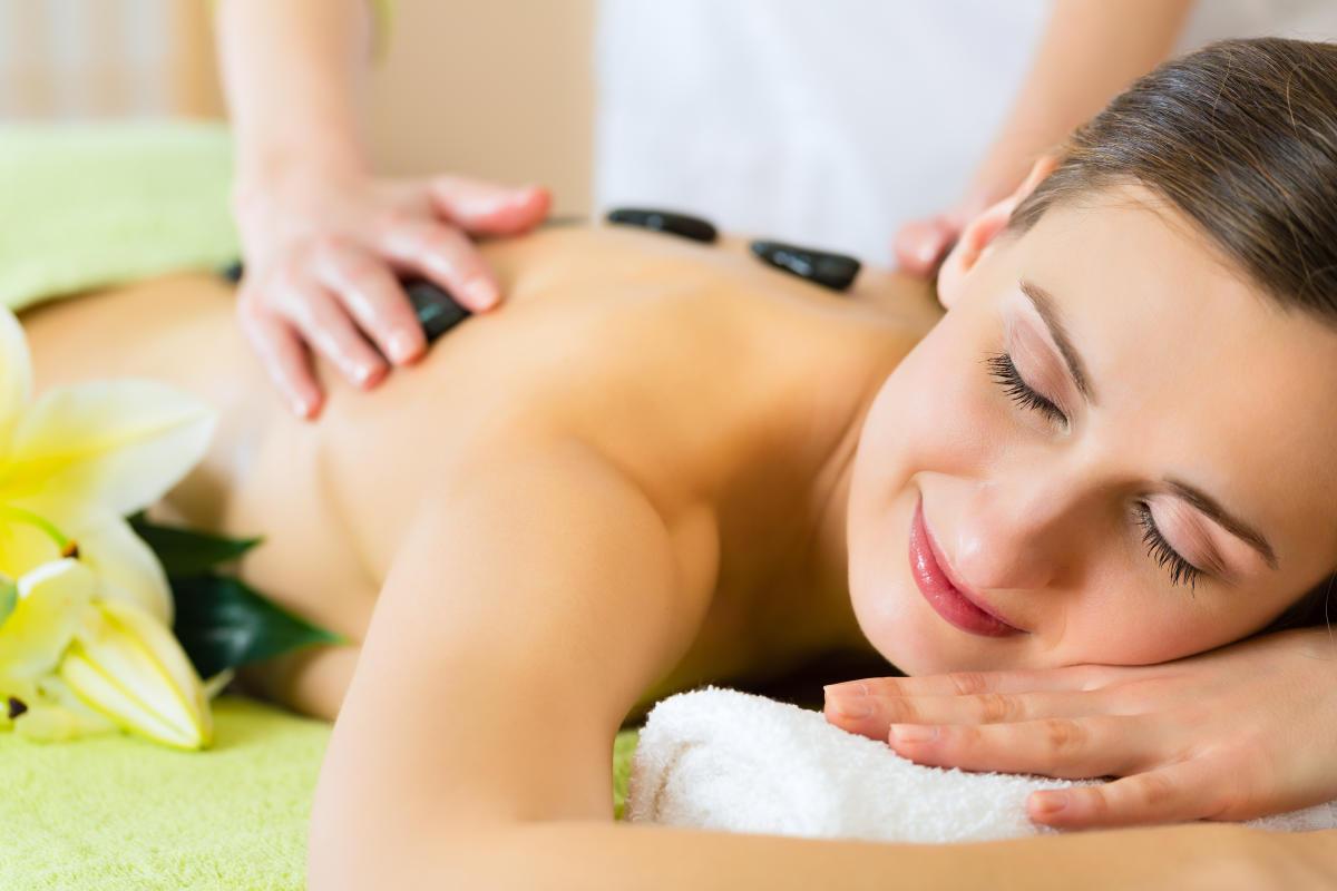 Founders_Inn_Flowering_Almond_Spa_Hot_Stone_Massage_Inland.jpg