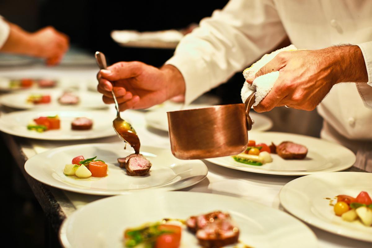 Vanderbilt Suites, Catering Dish