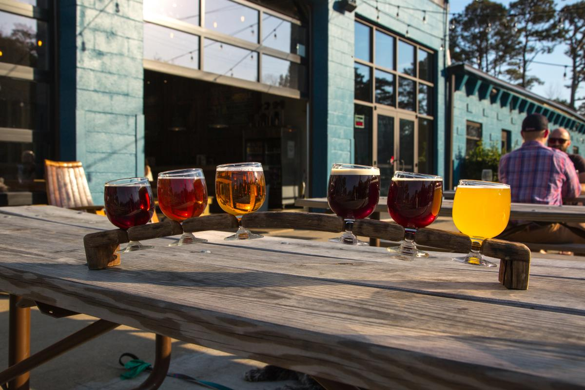 Commonwealth Brewing Patio