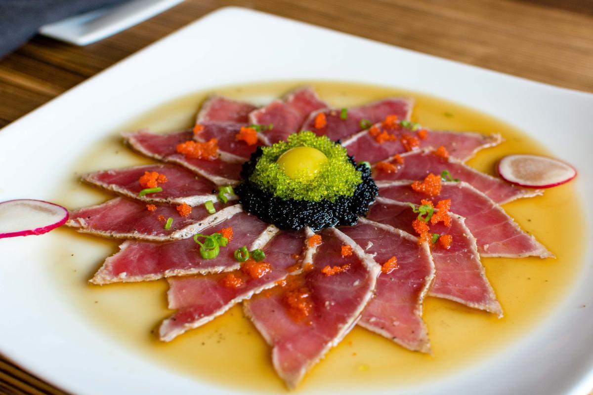 Tsunami Sushi Tuna