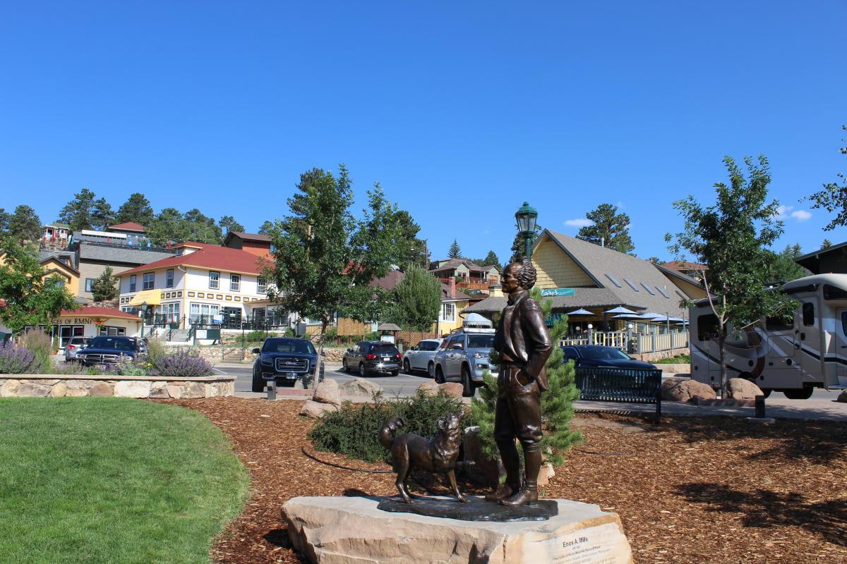 Statue Enos Mills