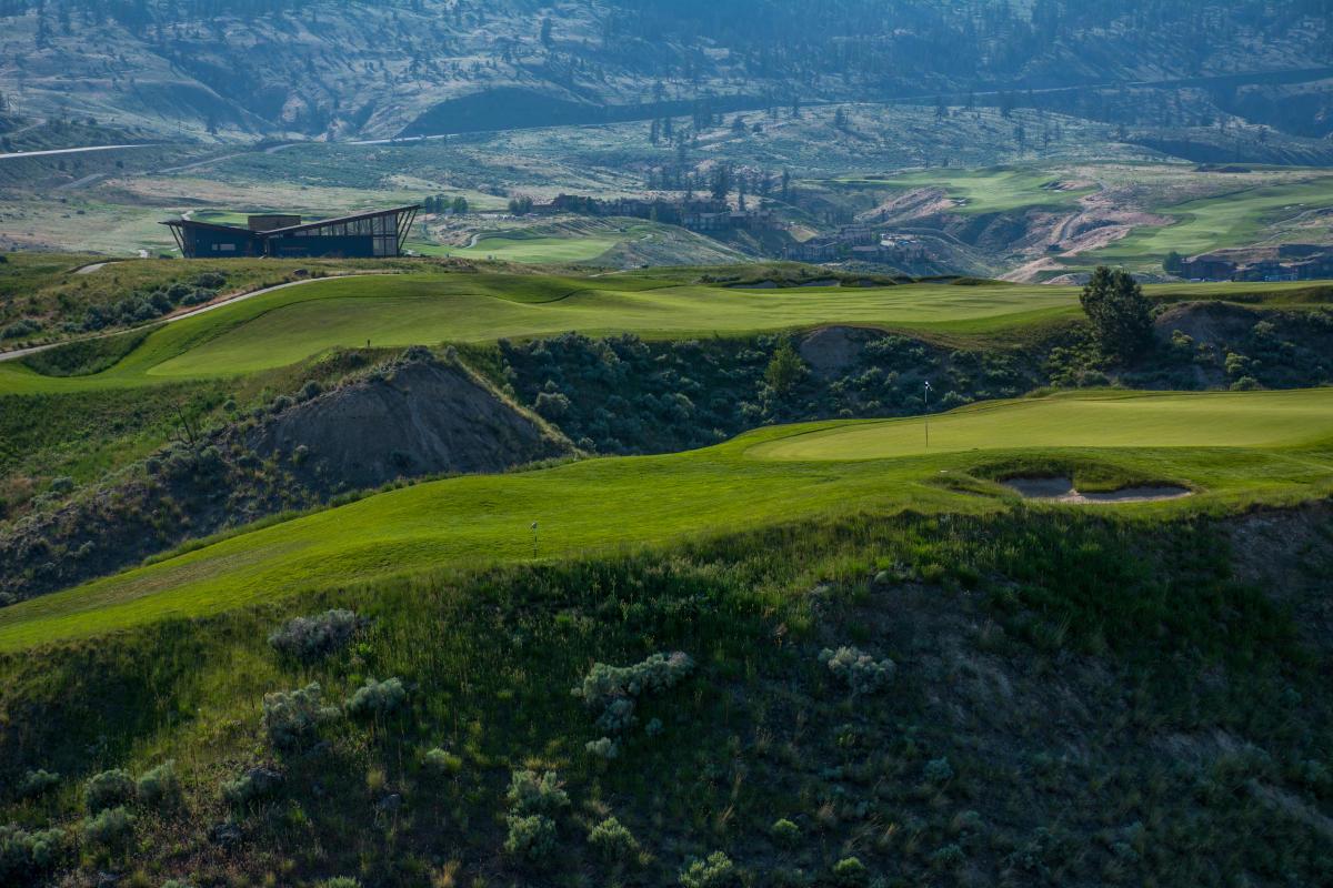 Golfing - Tobiano
