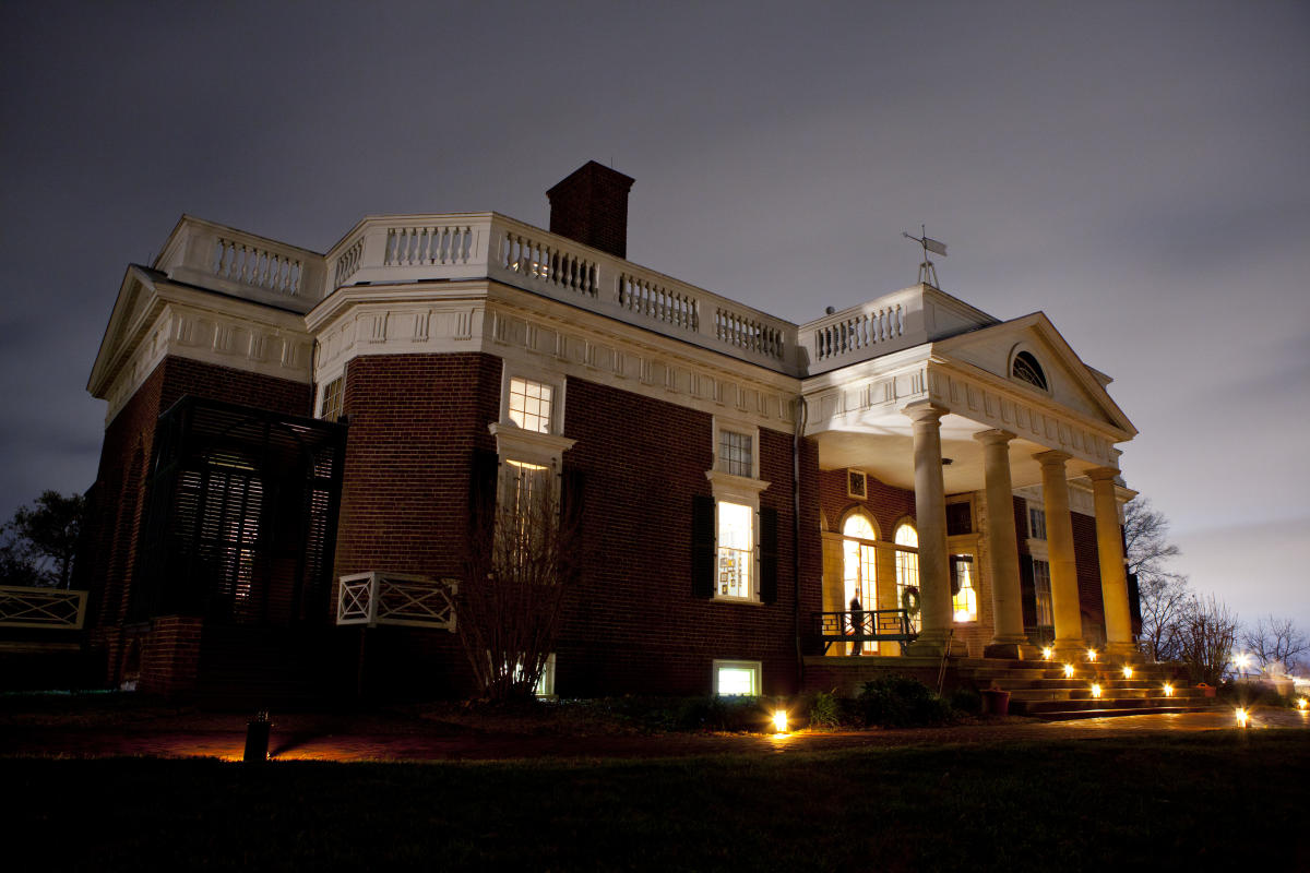 Monticello Holidays 2