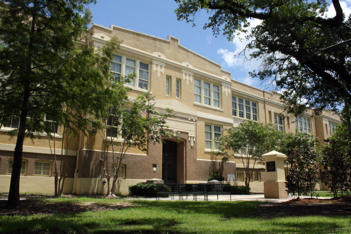 Central School Arts & Humanities Center Exterior