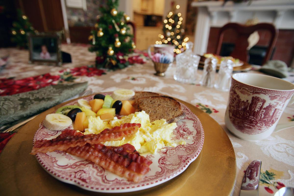 Antebellum Inn breakfast christmas