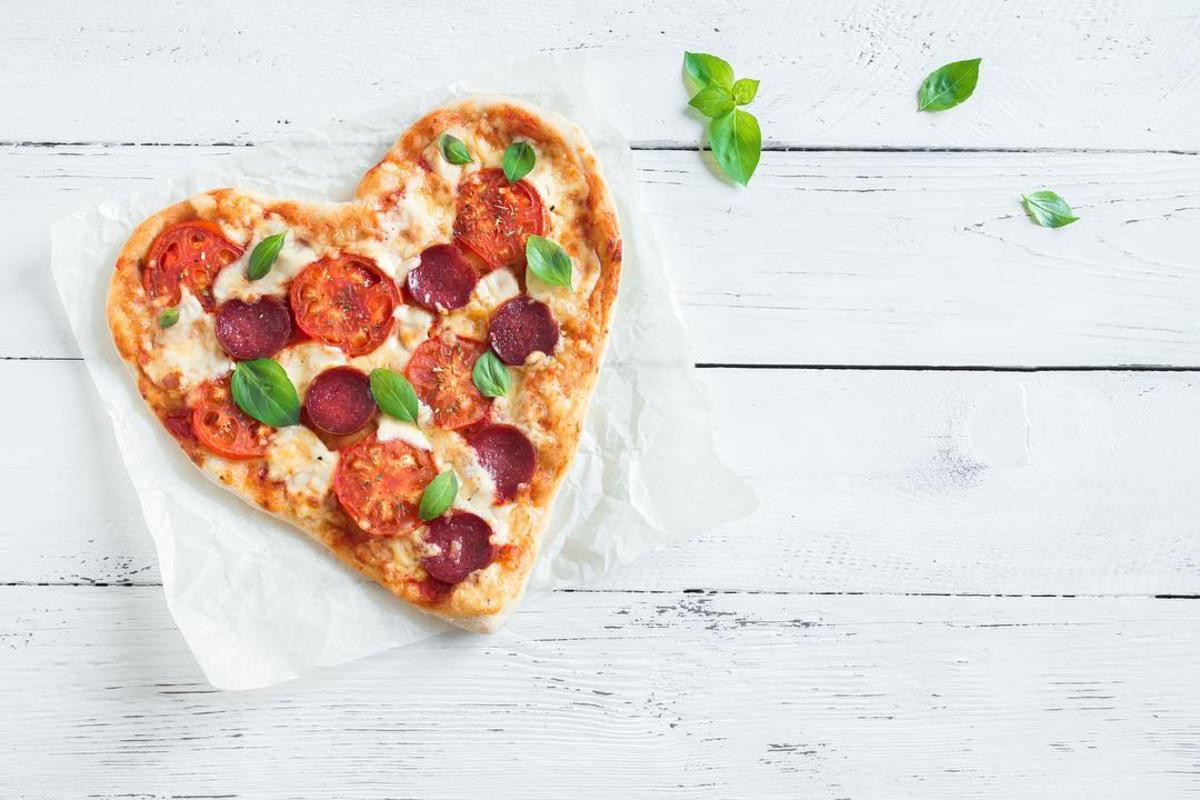 sammy's woodfired heart pizza