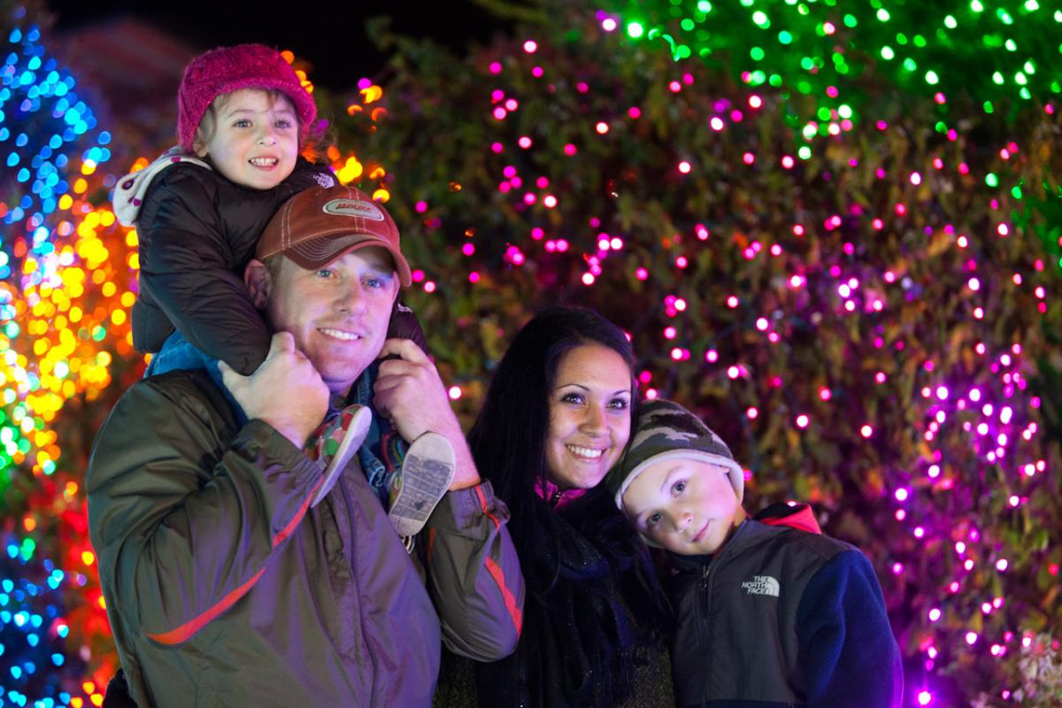 Zoolights At Point Defiance Zoo + Aquarium