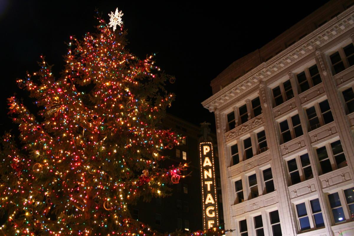 Tacoma Tree Lighting Photo by Kevin Freitas