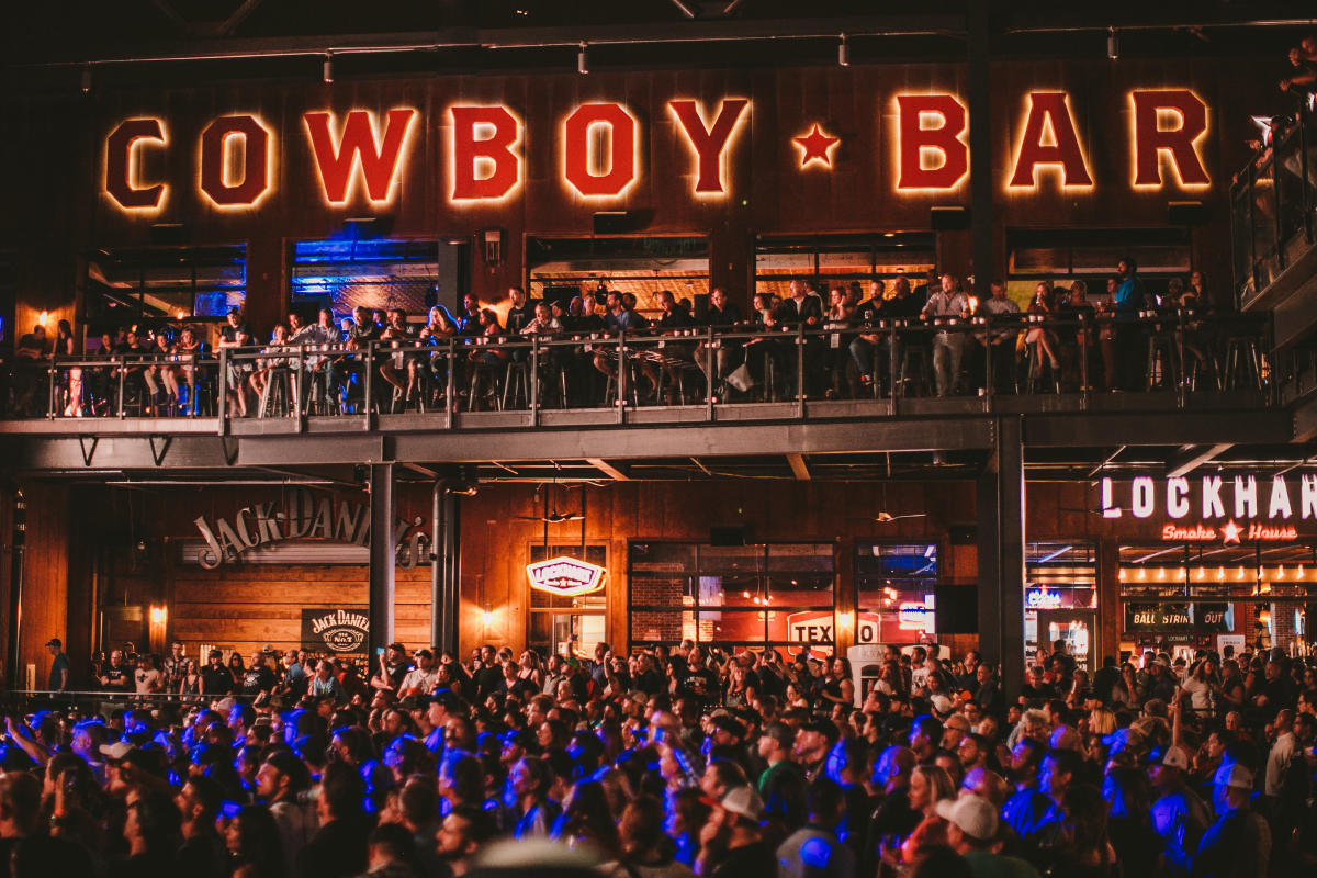 Exterior of PBR Texas at Texas Live!