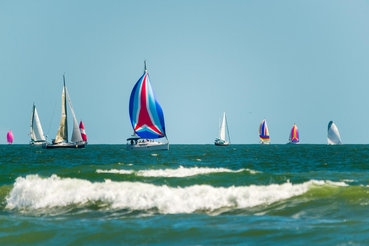 Sailing Ocean