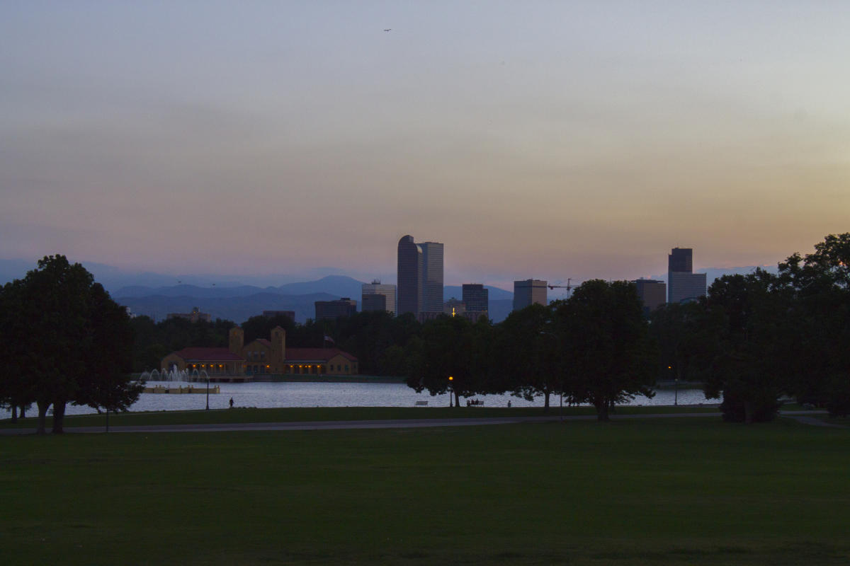 city-park-lake-skyline-dusk