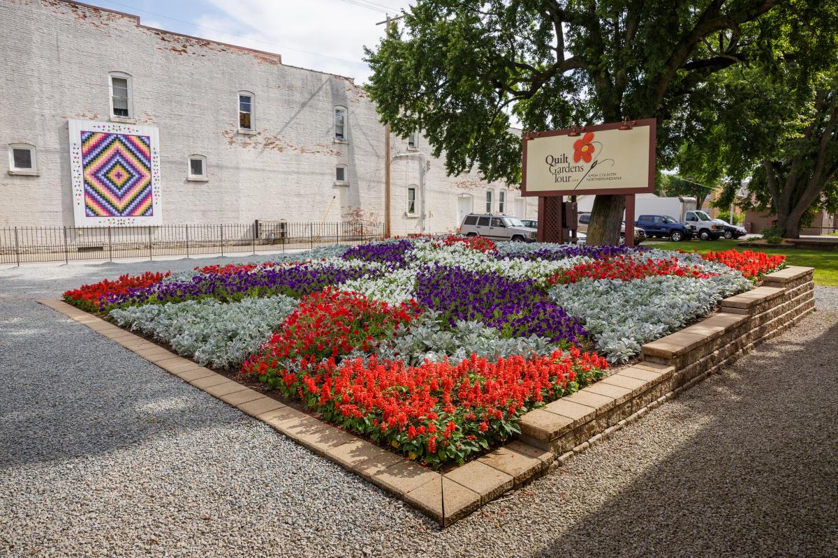 Wakarusa Quilt Gardens
