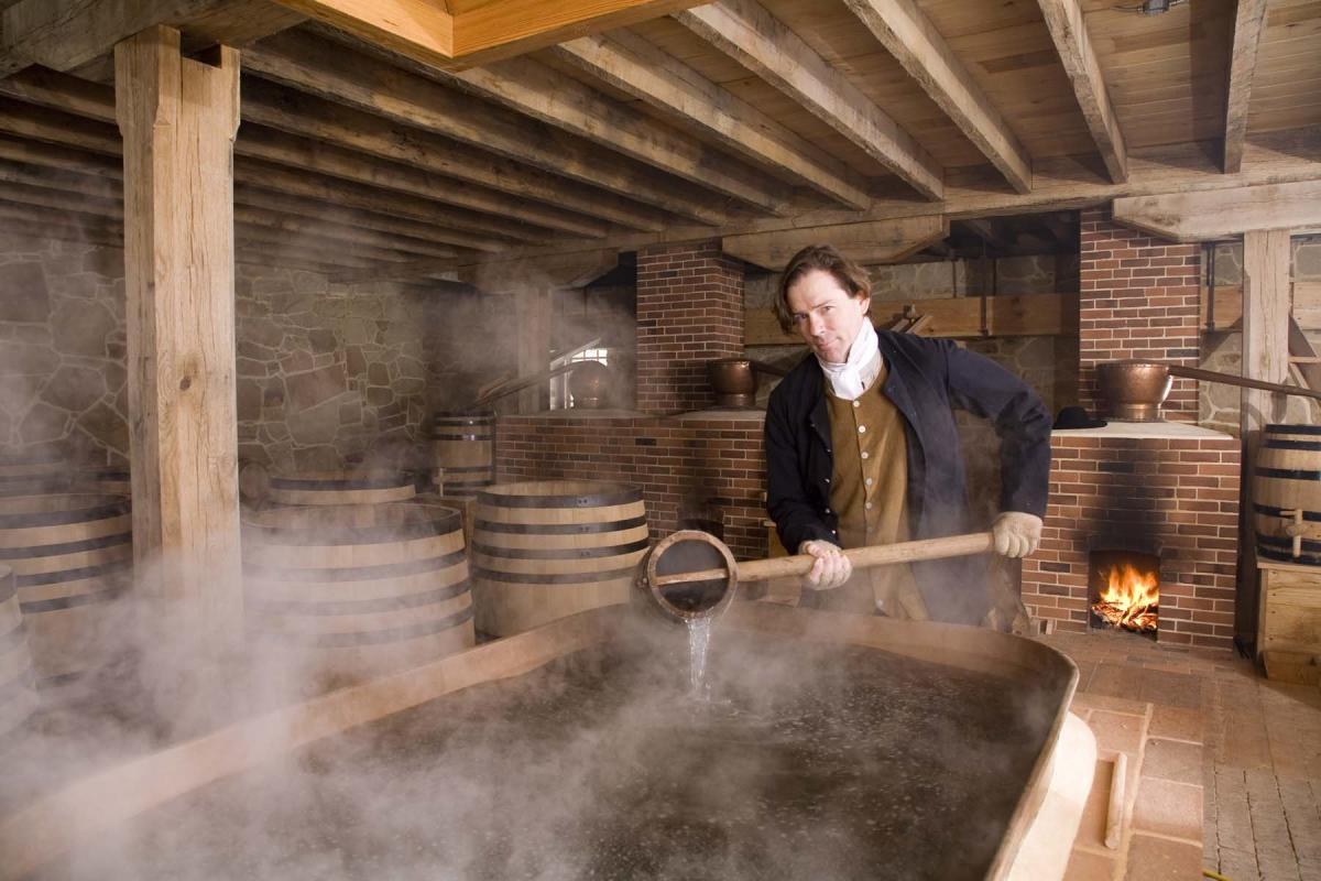 George Washington's Distillery & Gristmill