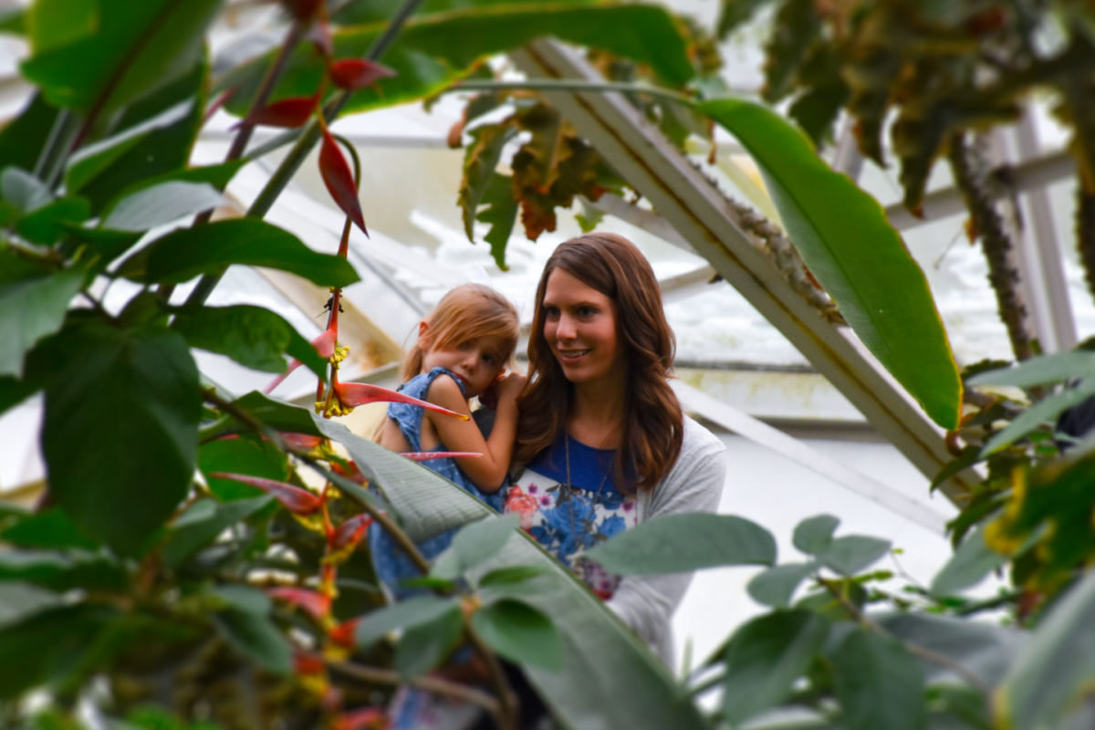 Mother and daughter at the Botanical Conservatory