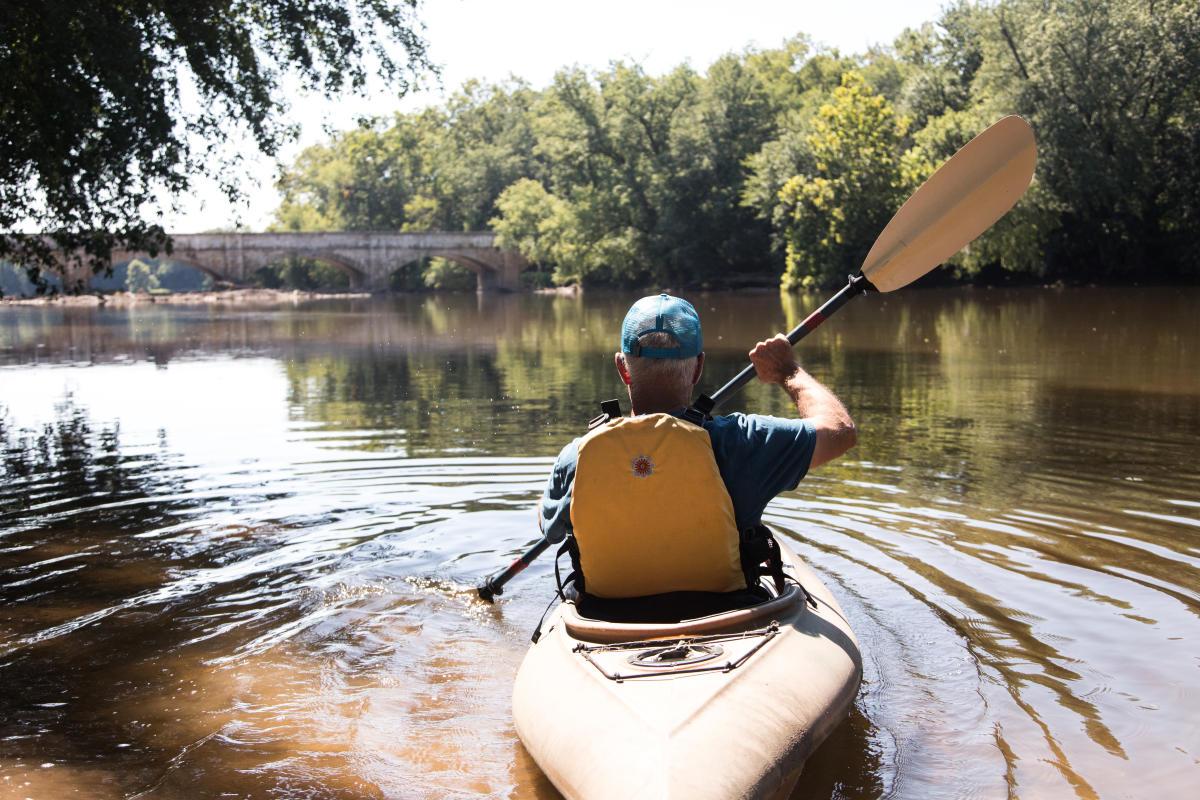 Man kayaking at Monocacy Aqueduct