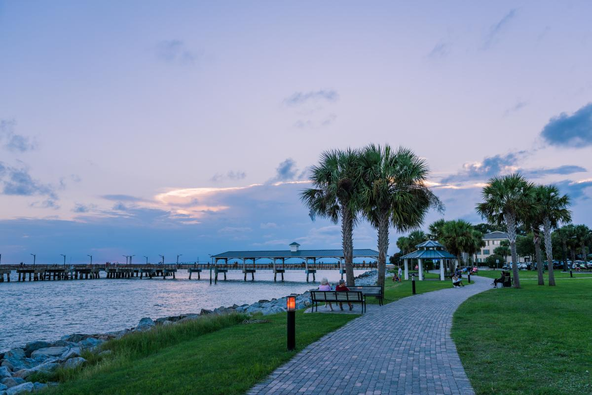 Dusk settles in over Neptune Park on St. Simons Island, Georgia