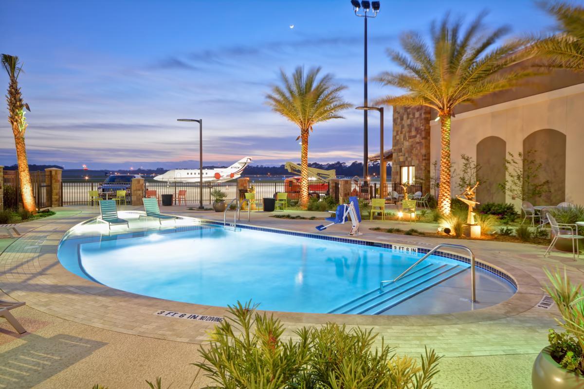 Home2 Suites Pool