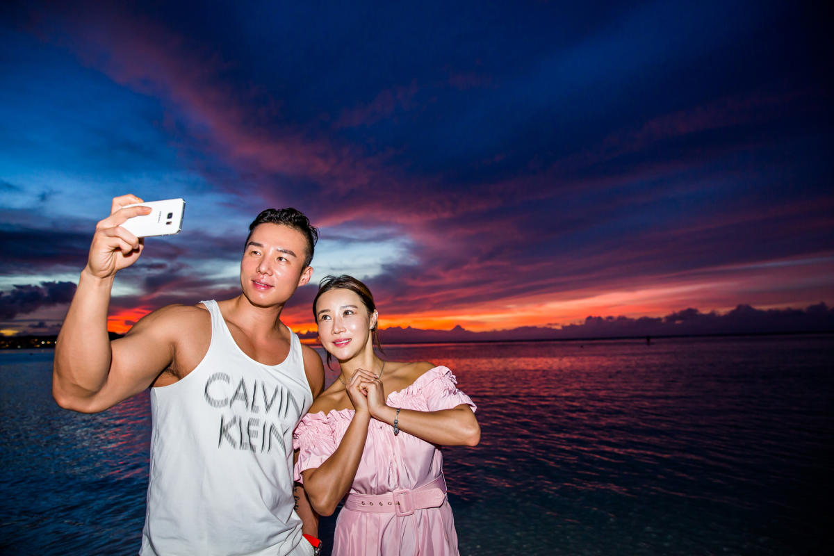 Couple sunset selfie