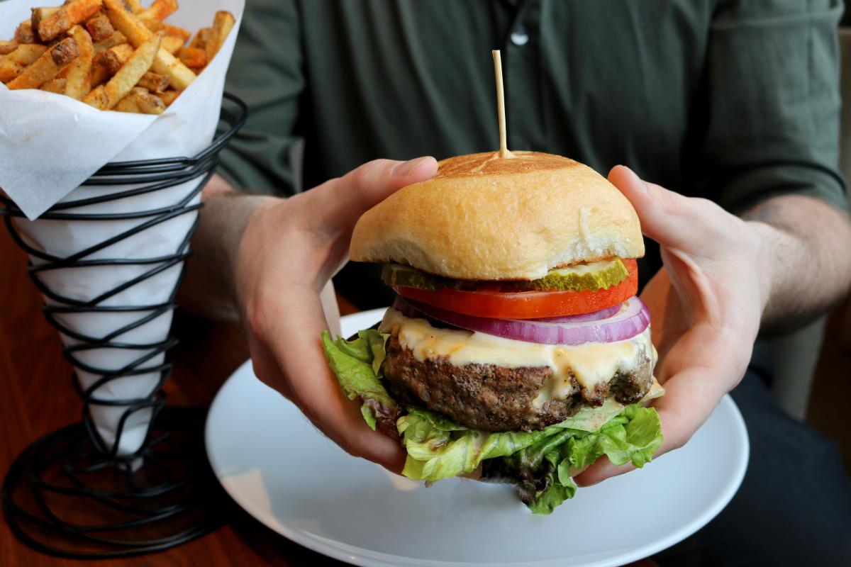 JTR Burger HRW 2020