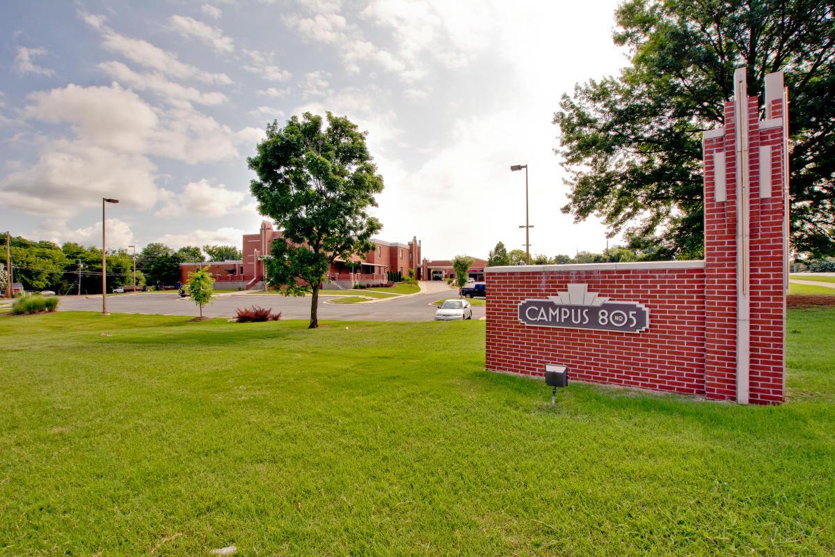 Campus No. 805