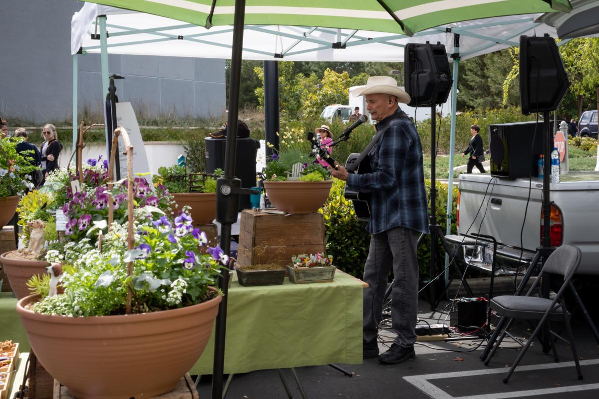 Farmers-Market-Irvine-Mariners-Flowers-Cowboy-Guitar-Music-