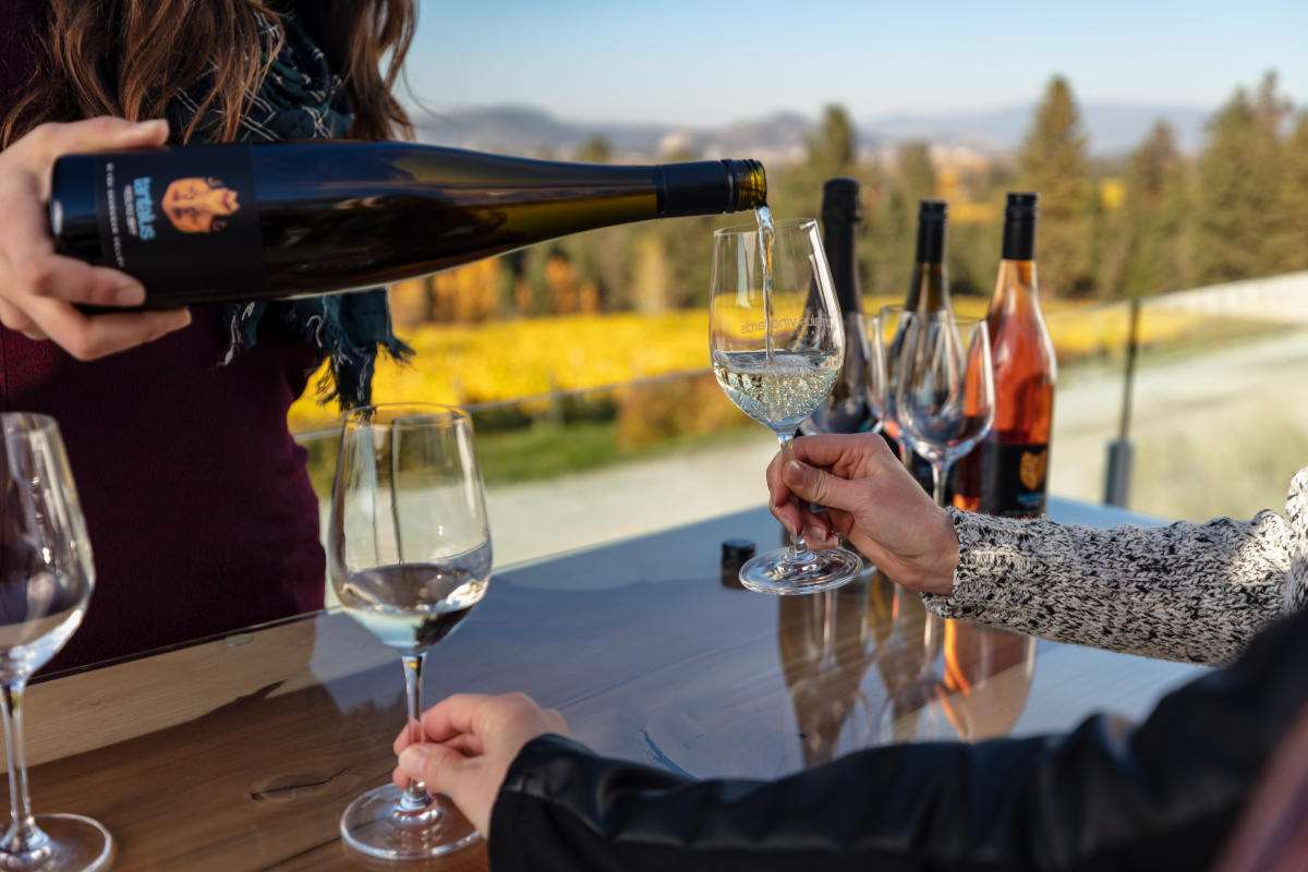 Tantalus Vineyards Wine Tasting - During Fall