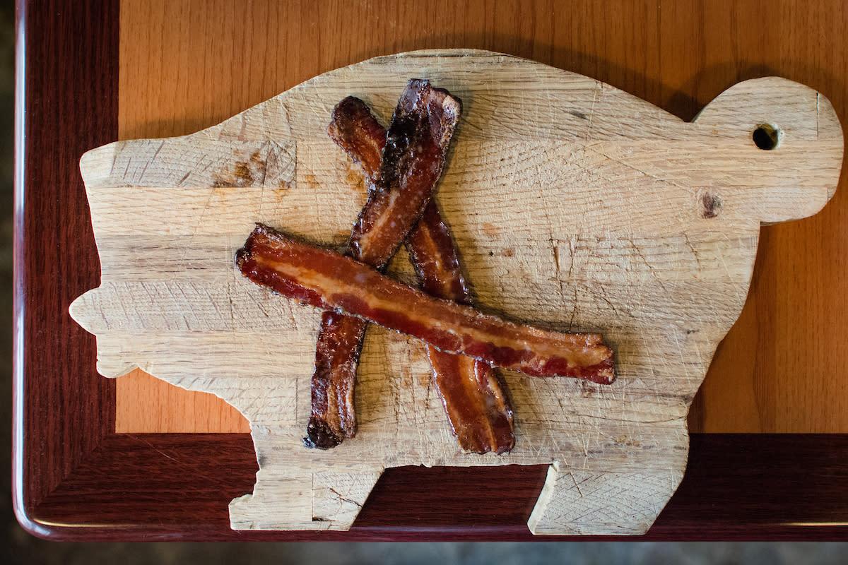 Avec Bacon Cured Bacon