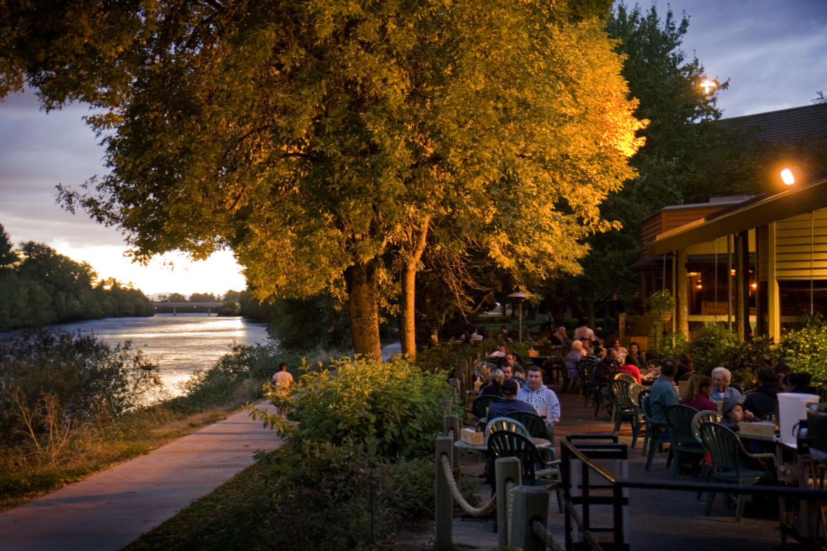 Dining at McMenamins North Bank by Liz Devine