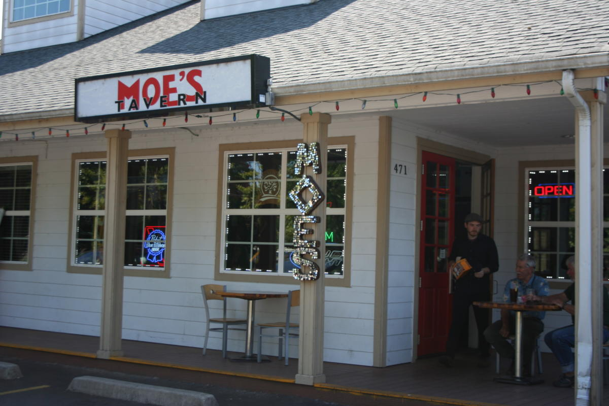 Moe's In Springfield by Taj Morgan