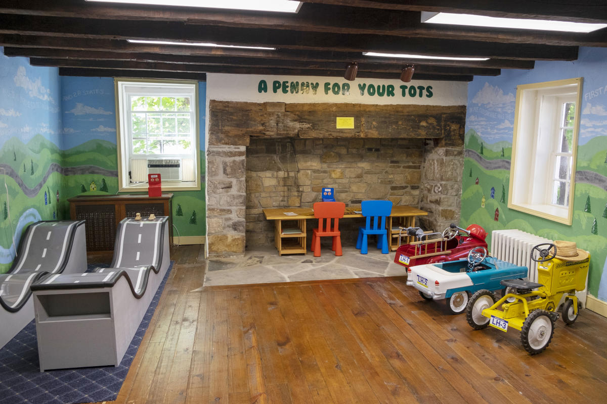 Lincoln Highway Experience's A Penny For Your Tots Kids' Room