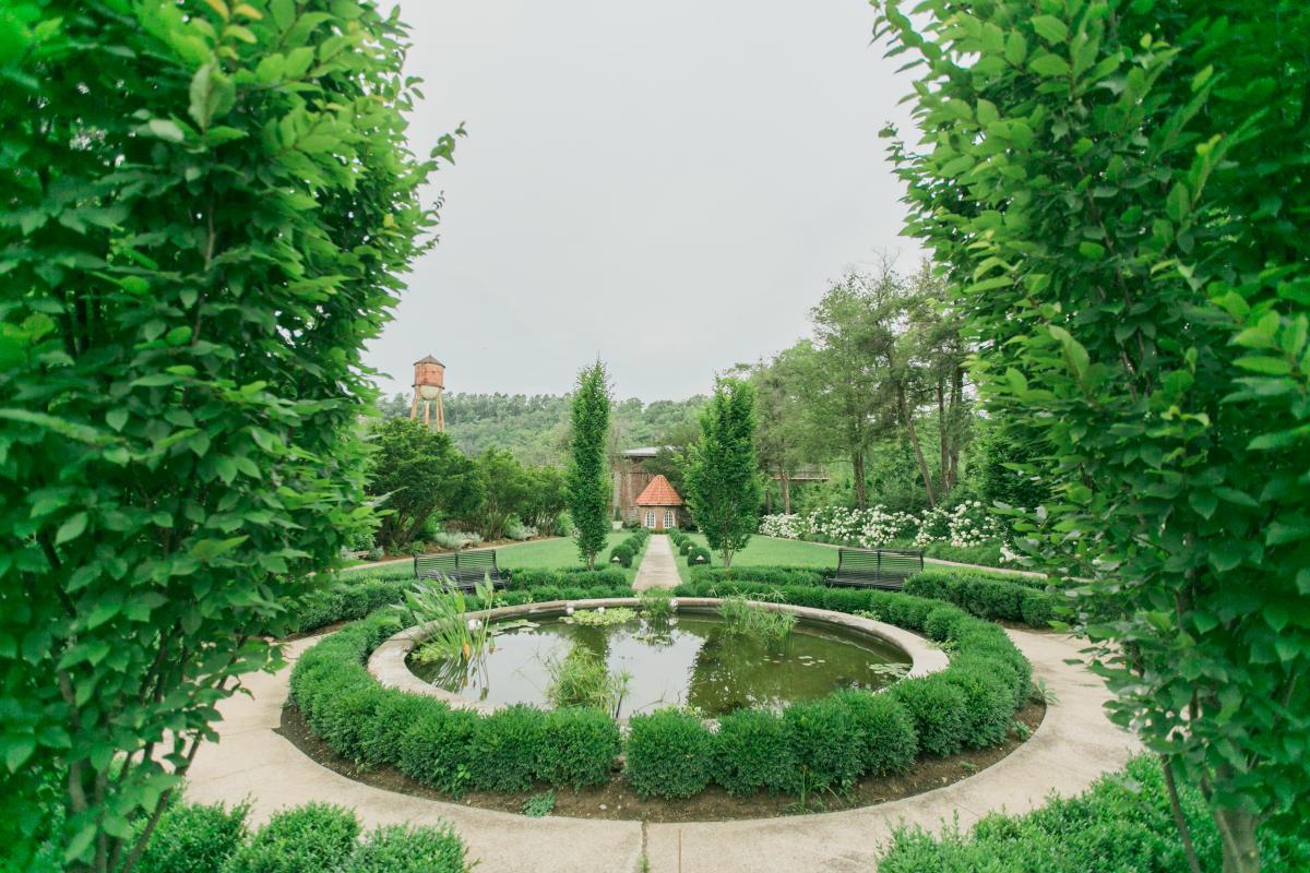 Garden-at-Castle-&-Key