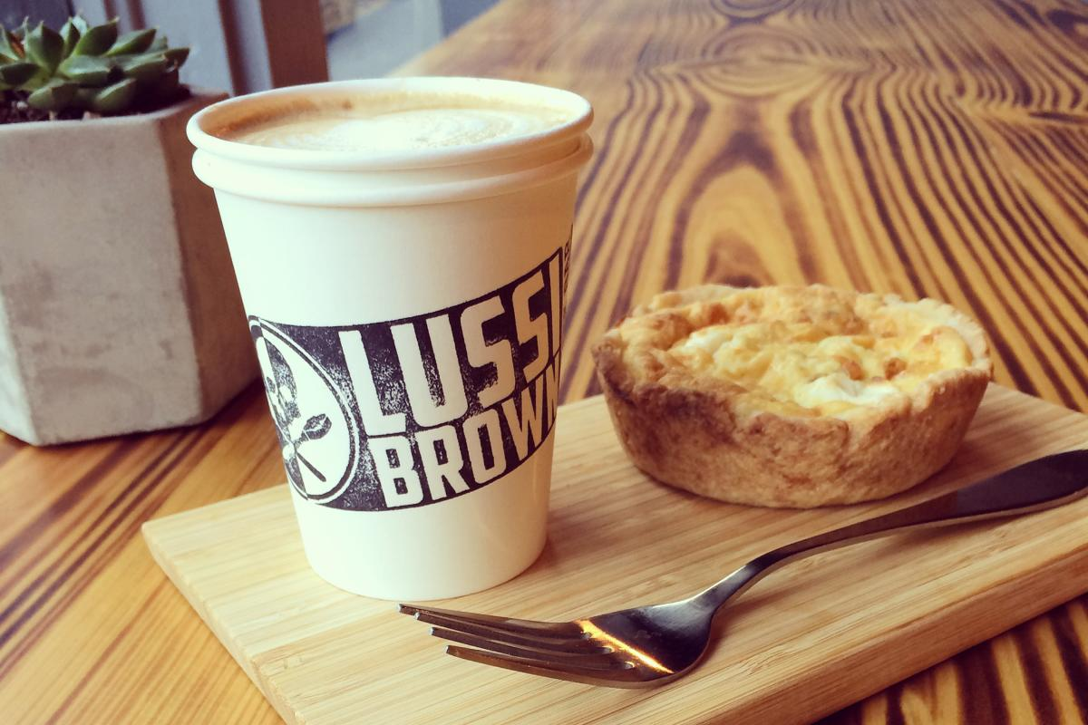 Lussi Brown Coffee Bar - Cappuccino and Quiche