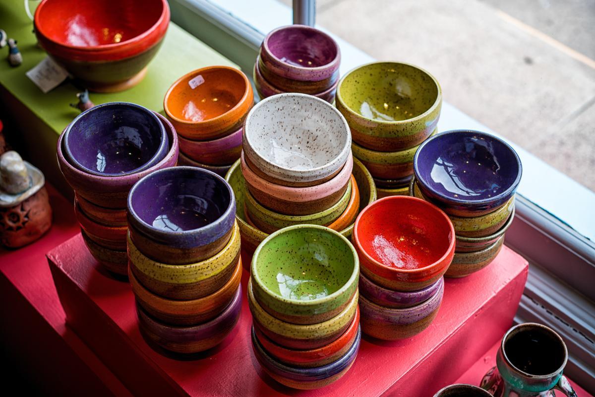 Finish clay bowls