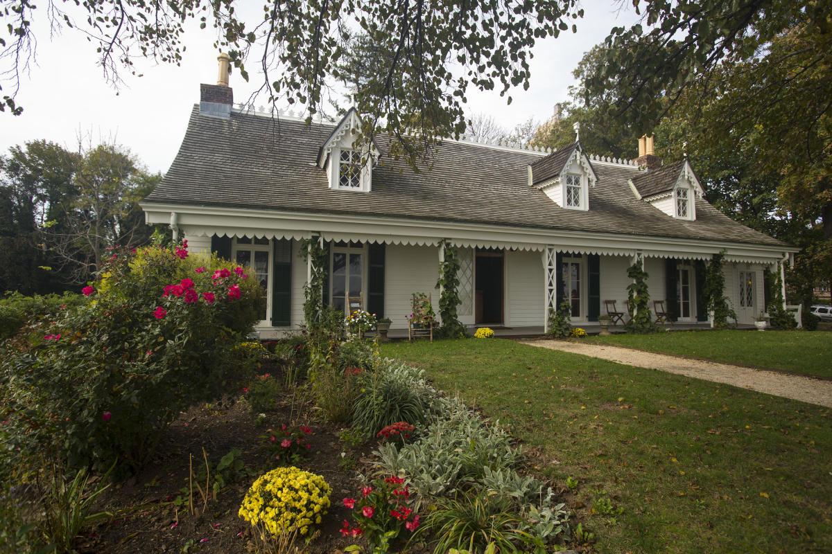 Alice austen house, exterior, museum