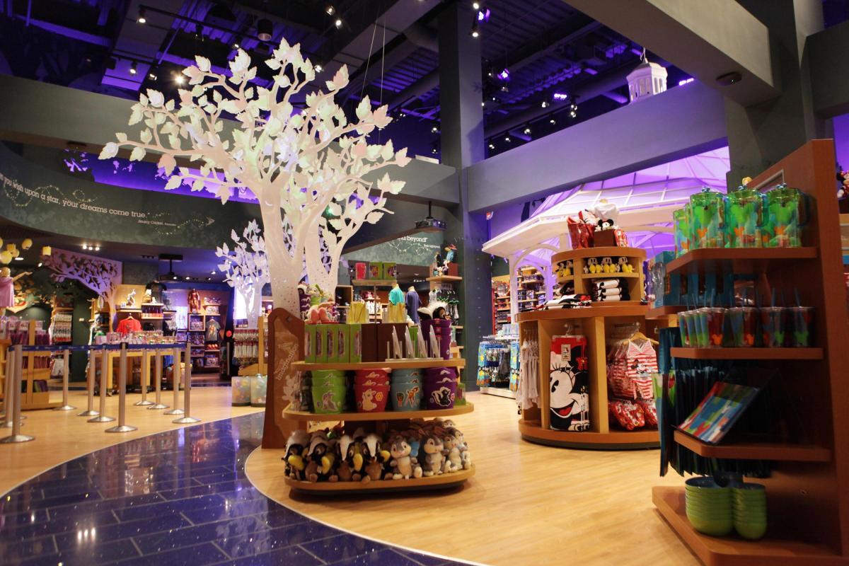 Disney Store, interior