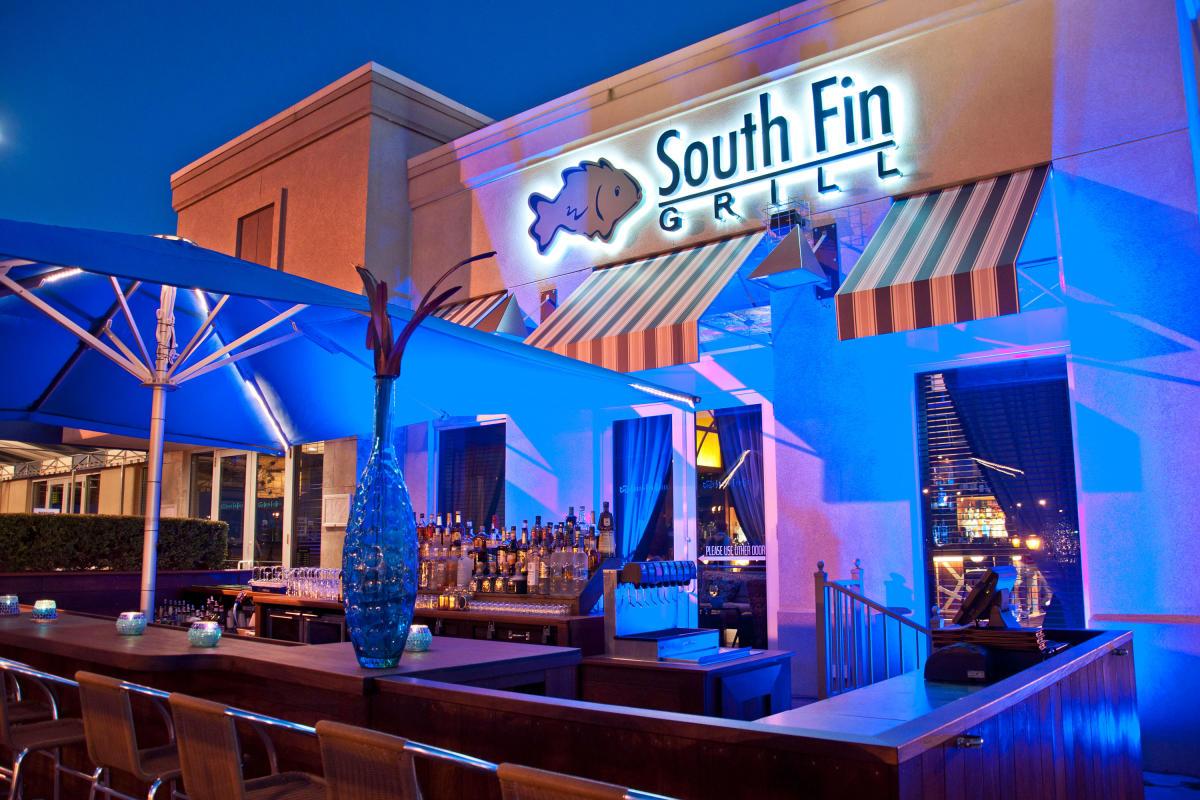 south fin, exterior