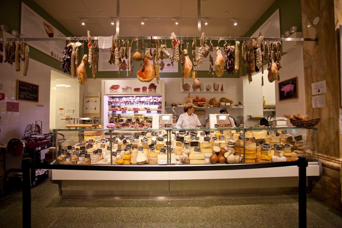 eataly-flatiron-manhattan-nyc-cheese-counter-virginia-rollison