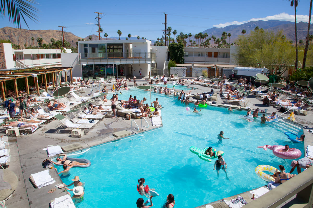Ace Palm Springs pool