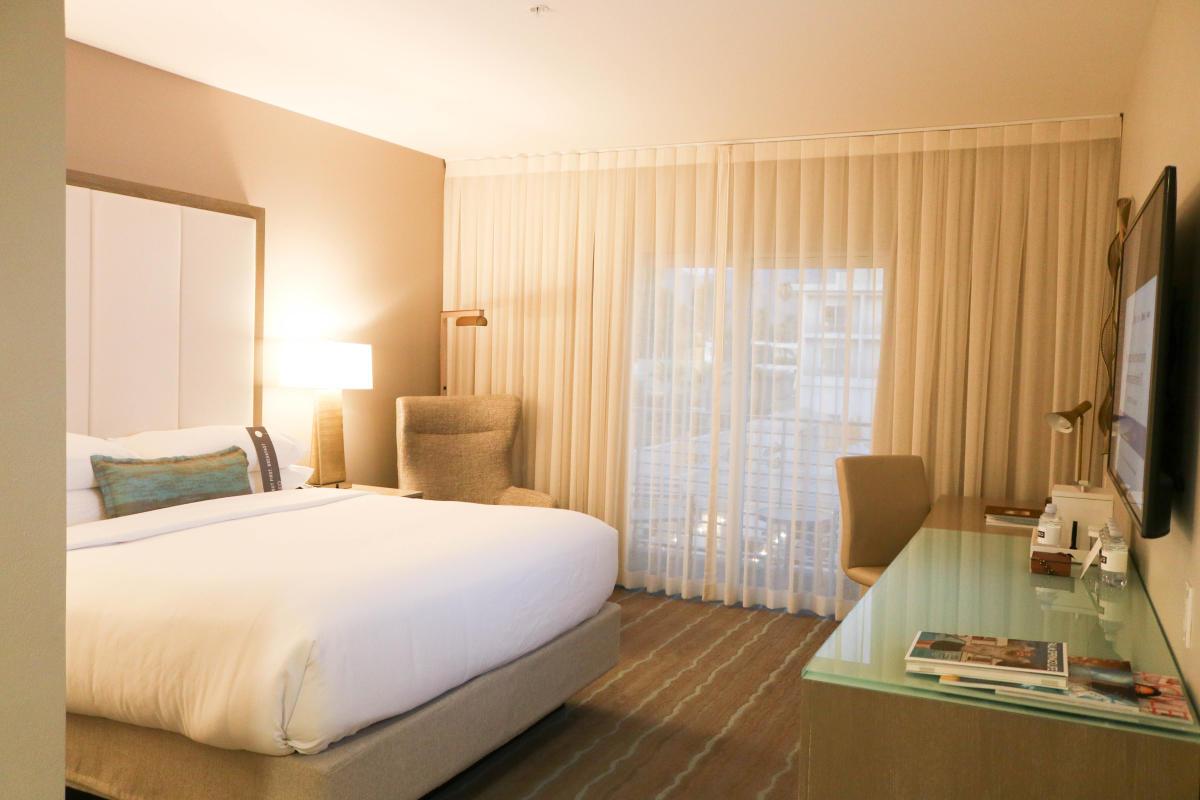 Hotel Paseo Palm Desert