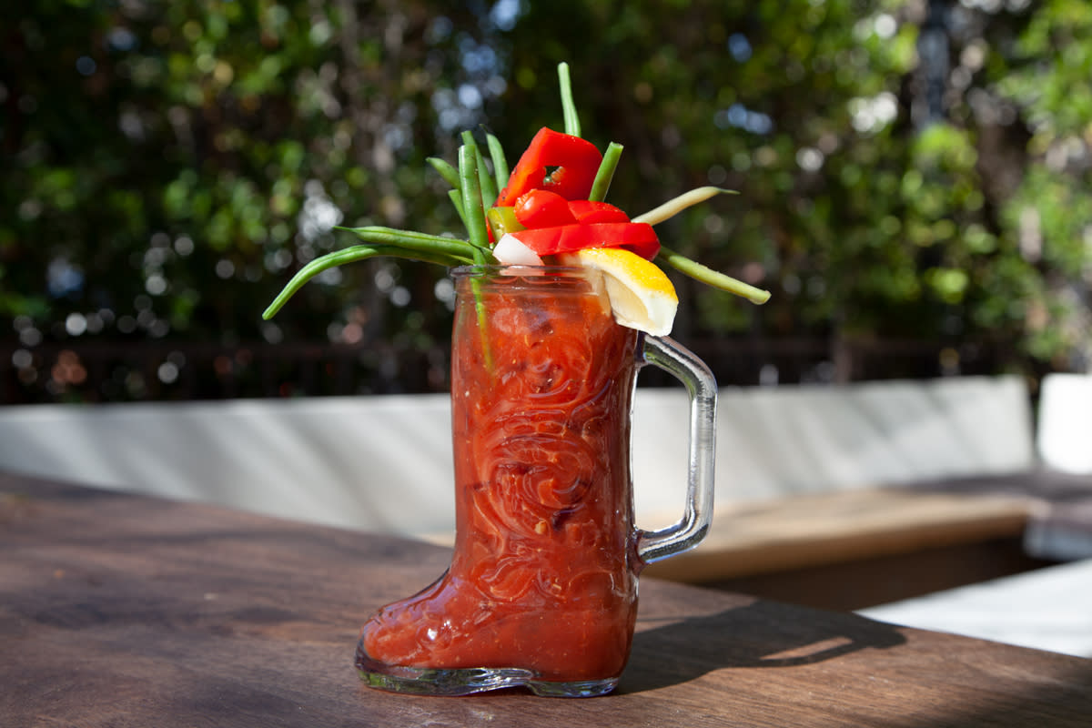 bloody mary cheekys palm springs