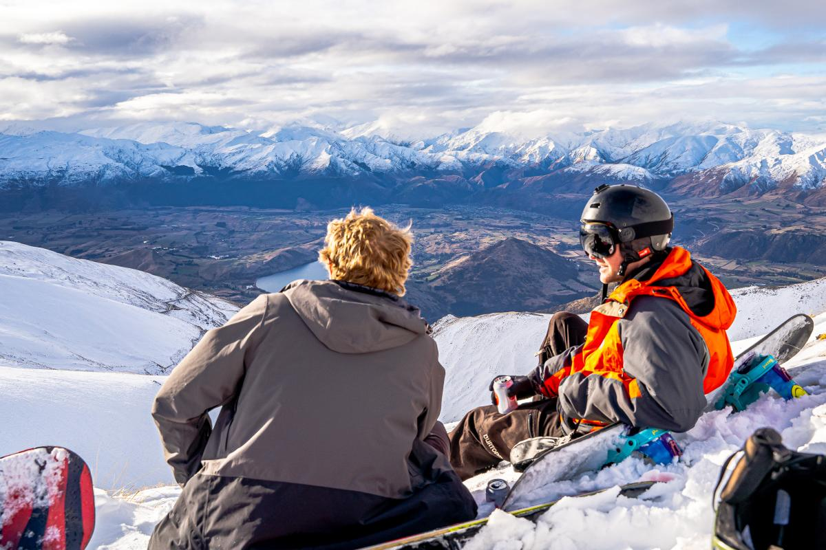 On mountain apres ski at The Remarkables