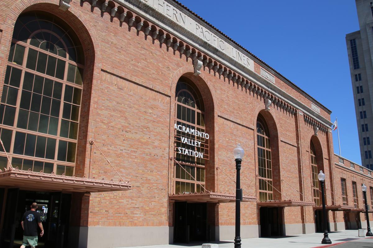 Sacramento Valley Station Train Station