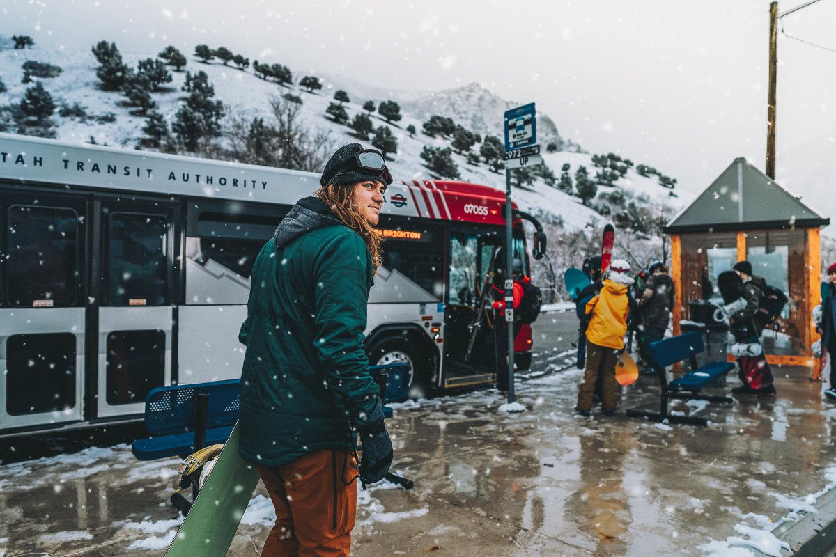 Do good for the environment and hitch a ride on a UTA Ski Bus