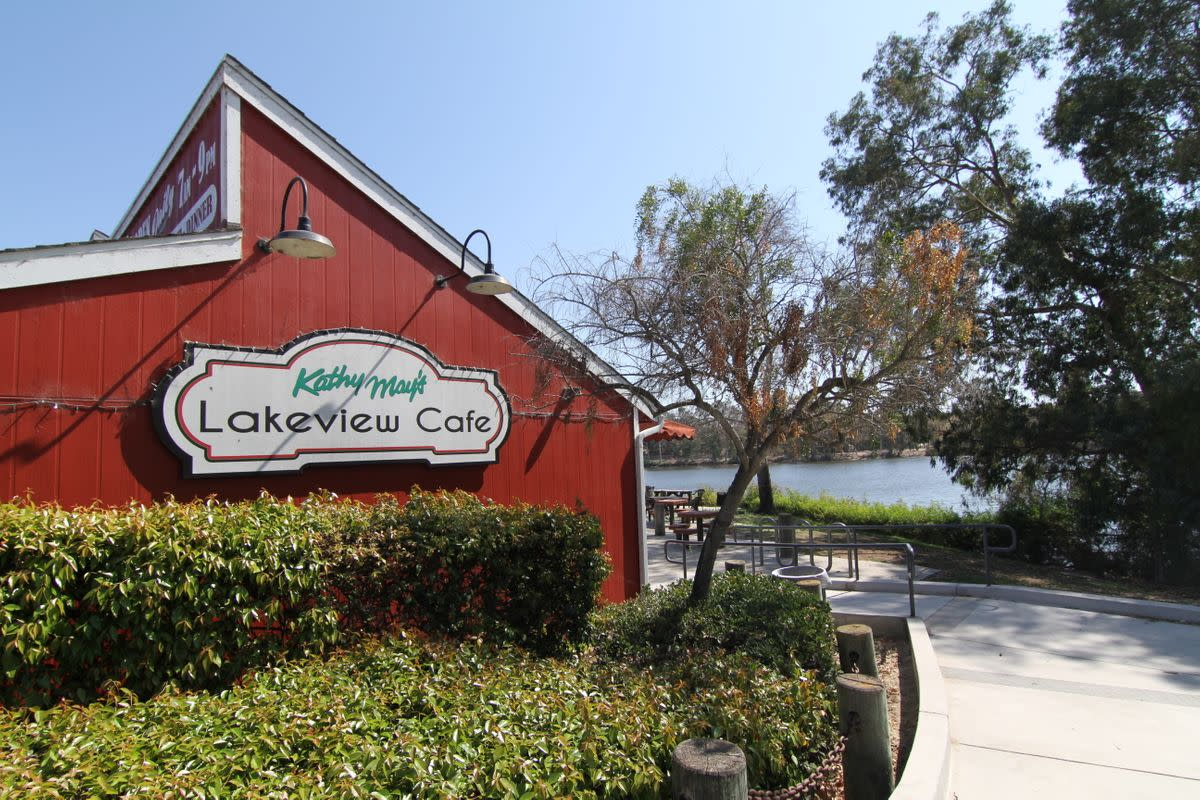 Kathy May's Lakeview Cafe