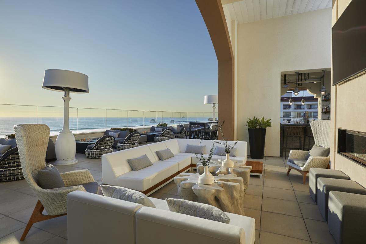 The Offshore 9 Roof top Bar at the Waterfront Beach Resort in Huntington Beach