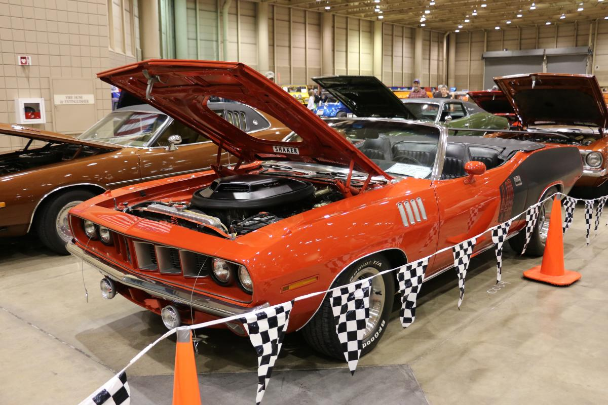 Cars For Charities: Rod & Custom Car Show in Wichita KS sees hundreds of amazing classic muscle cars and modern favorites