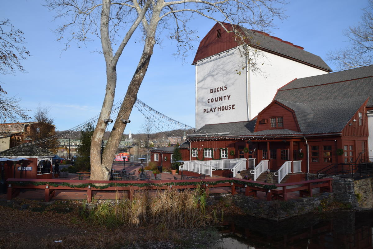 New Hope, Bucks County Playhouse